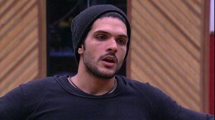Lucas conta para Diego e Viegas:'No SuperStar eu conheci uma das minhas bandas favoritas'