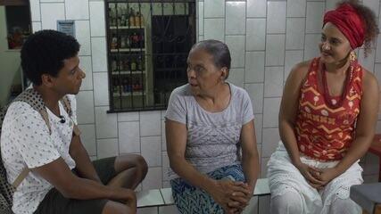 O 'Vumbora' faz um passeio pela comunidade Vila Eliseu, no Canela