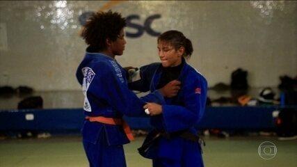 Campeã olímpica, Sarah Menezes vem mudando a história de menino no Piauí