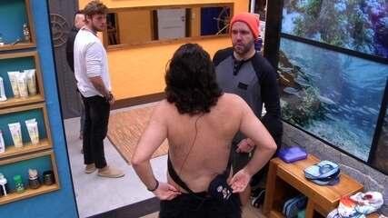 Diego abraça Caruso: 'Deu certo'