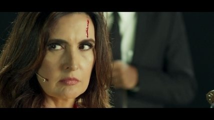 Fátima Bernardes quer vingança em 'remake' de Kill Bill