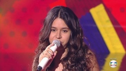 Eduarda Brasil, cantou 'Baião', no show ao vivo do The Voice Kids