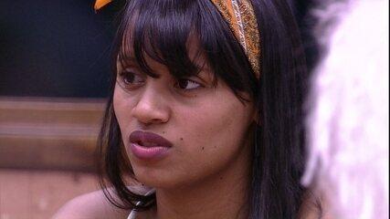 Gelici sobre Jéssica: 'Sinto que está tentando se aproximar de mim'