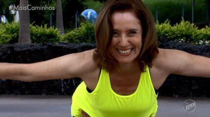 Edlaine Garcia e Cris Ikeda praticam diferentes tipos de Yoga