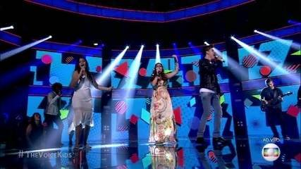 Trio Simone& Simaria canta `Ciúme' e anima platéia no The Voice Kids