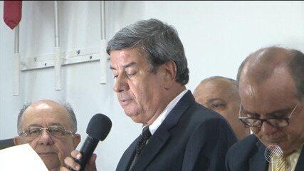 Colbert Martins assume cargo de prefeito de Feira de Santana