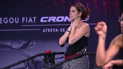 Ana Clara dá tapas no rosto durante Prova de Imunidade Giro Maluco Fiat