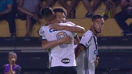 Gol da Ponte Preta! Felippe Cardoso divide com Sandro e abre o placar aos 14' do 1º