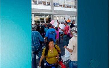 Moradores de Jundiapeba protestam contra reintegração de posse
