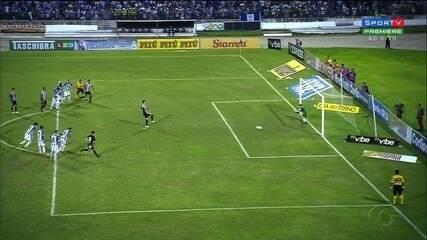 CSA perde para o Figueirense no Rei Pelé