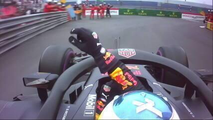 Em rádio inédito, RBR parabeniza Ricciardo por vitória em Mônaco