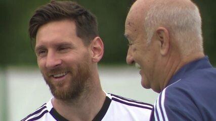 Com Messi descontraído, seleção argentina treina finalização na Rússia