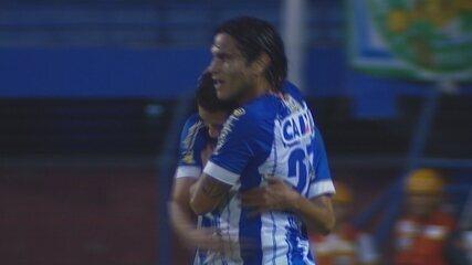 GOL DO AVAÍ! Renato marca contra o Guarani, aos 24 do 1º tempo