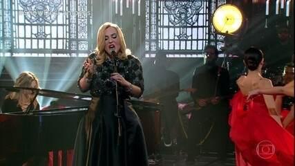 Naiara Azevedo homenageia Adele