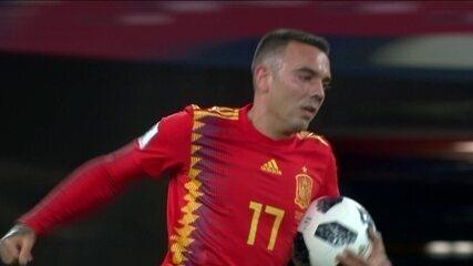 Gol da Espanha! Após consultar o VAR, juiz valida gol de letra de Aspas, aos 47' do 2T