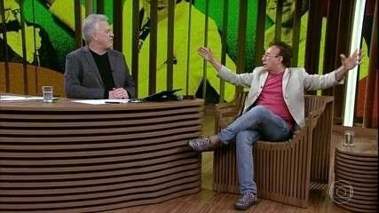 Moacyr Franco fala sobre carreira de cantor e compositor