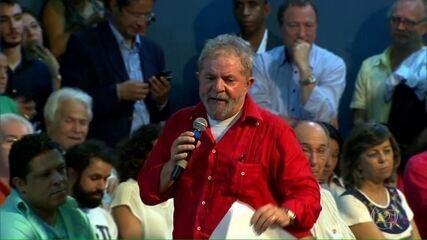 Após decisões contrárias, presidente do TRF-4 determina que Lula continue preso