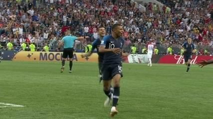 Gol da França! Mbappé chuta de fora da área e faz o quarto da França aos 19 do 2º tempo