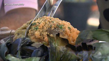 Panela de Bairro: confira a receita de surubim na folha de bananeira e no forno à lenha