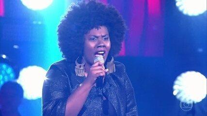 """Damiana Sadili canta """"Espelho"""""""