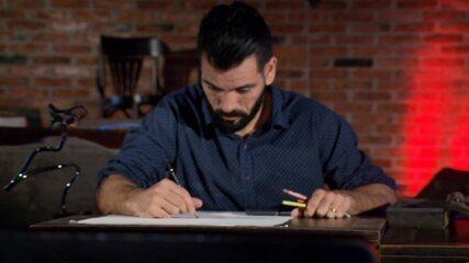Luiz Felipe trocou a matemática pelo desenho e faz sucesso com caricaturas realistas