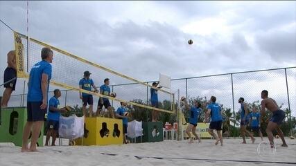 Seleção brasileira masculina de vôlei começa treinos para Mundial em que buscará o tetra