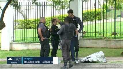 Mulher é executada no meio da rua na Barra da Tijuca. Filho viu tudo