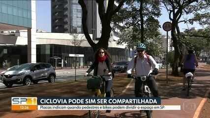 Pedestres e ciclistas têm que seguir regras para dividir espaço em ciclovias em SP
