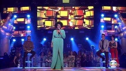 "Andressa Hayalla canta ""Final de Tarde"""