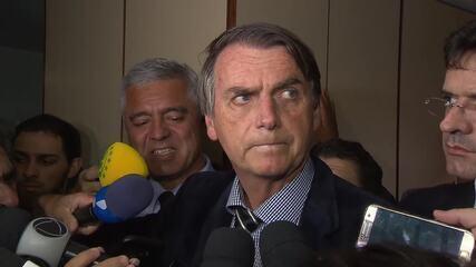 'Já está feito, já pegou fogo, quer que faça o quê?', diz Bolsonaro