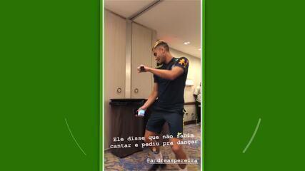 """Trote da Seleção tem Andreas cantando e """"Dança do Pombo"""" de Richarlison"""