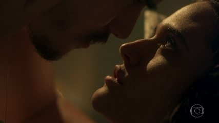 Marocas e Samuca têm a primeira noite de amor