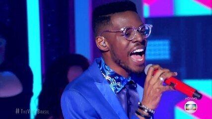 """Kevin Ndjana canta """"I Got You (I Feel Good)"""""""