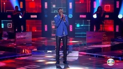 """Kevin Ndjana canta """"Ainda Bem"""""""