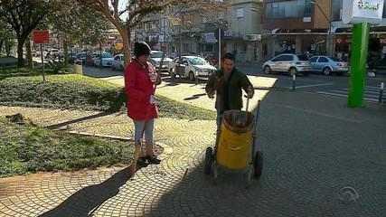 Cidades do RS apostam em reciclagem e educação e se tornam referência em limpeza no Brasil