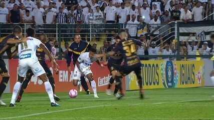 Gabigol dá a vitória ao Santos em clássico alvinegro