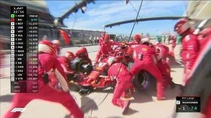 Raikkonen segura Hamilton e vai para os boxes