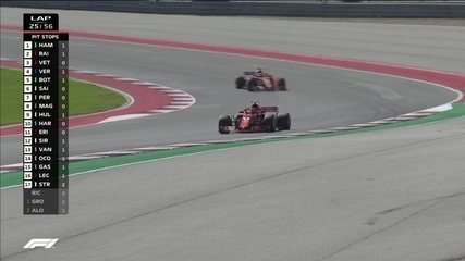 Kimi Raikkonen passa Vettel