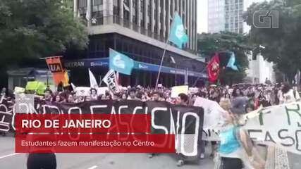 Estudantes fazem manifestação no Centro do Rio