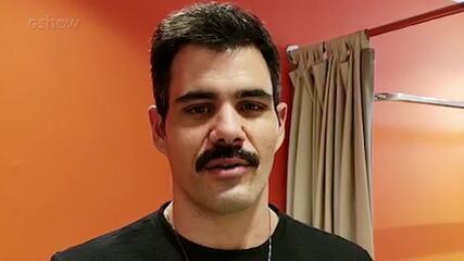 Juliano Cazarré nos bastidores do 'Altas Horas'