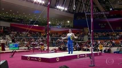 Arthur Zanetti garante 1ª medalha do Brasil no mundial de ginástica artística em Doha