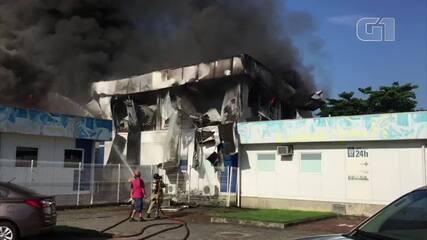 Incêndio destrói parte do Hospital Lorenço Jorge, na Barra da Tijuca