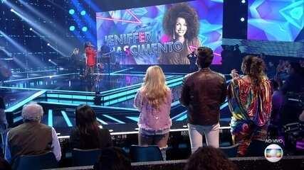 Jeniffer Nascimento canta 'Stone Cold'
