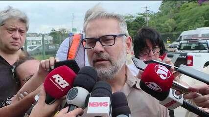 Técnicos liberam circulação de trens ao lado de viaduto que cedeu em São Paulo