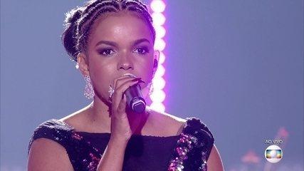 Jeniffer Nascimento canta 'Listen'