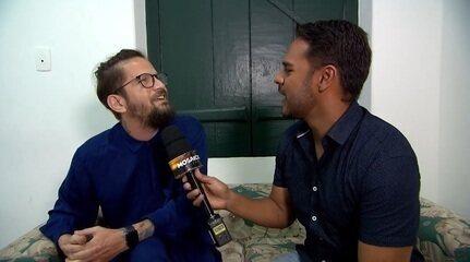 Pablo conversa com Saulo Fernandes sobre o concerto que uniu as canções dele e o Neojiba
