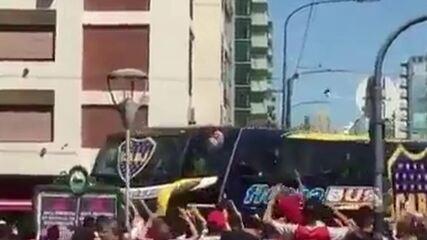 Veja imagens da confusão no pré-jogo da Libertadores River x Boca