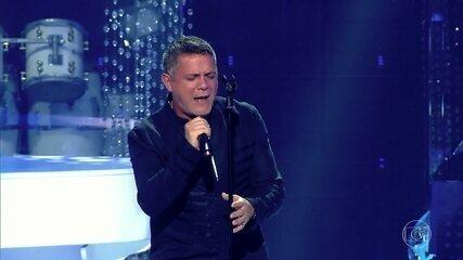 """Alejandro Sanz canta """"No Tengo Nada"""""""