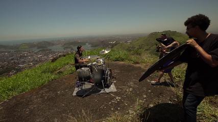 Em Movimento: Bateria nas alturas! Pedra dos Dois Olhos é palco de música