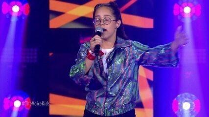 Kainny Oliveira canta 'Mais Ninguém' no palco do The Voice Kids